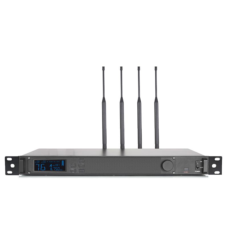 UHF-4WT 四网通智能接收机